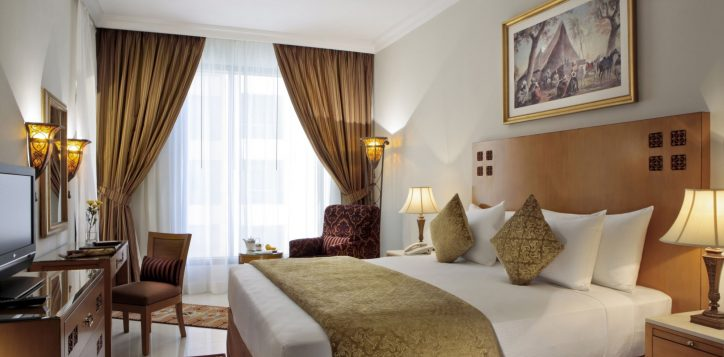mediterranean-style-bedroom01-rooms-yassat-2